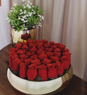 arranjo-botao-rosas-vermelhas