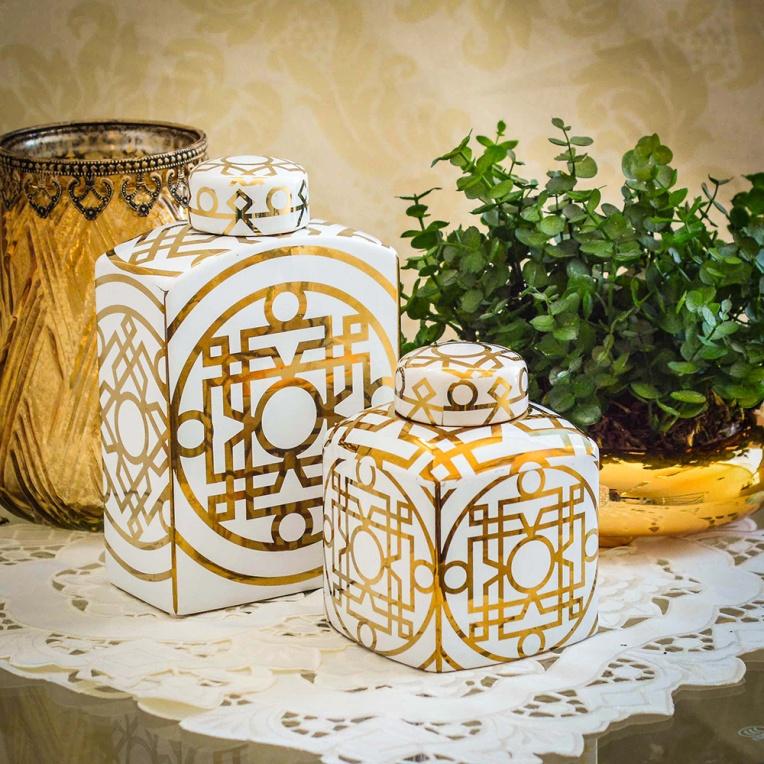 Potiches branco e dourado - Formosinha Decorações
